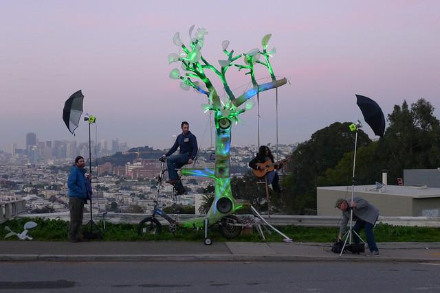 el arbol bike powered tree