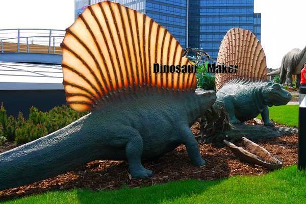 Dinopark Animatronic Dimetrodon Dinosaur