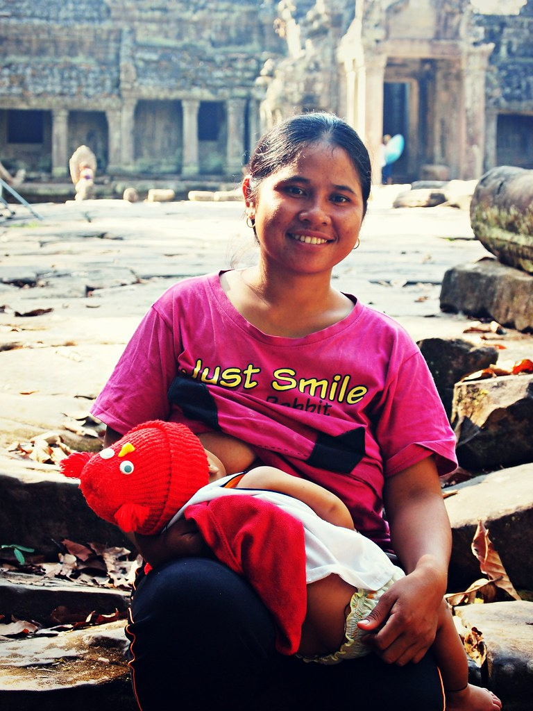just smile: breastfeeding on the temple