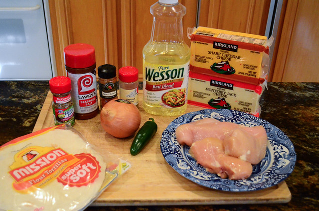 All the ingredients required to make Baked Chicken Taquitos.
