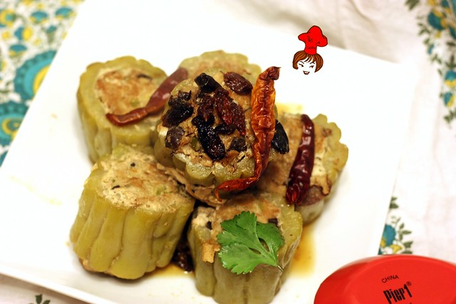 苦瓜鑲肉 Steamed  Bitter Gourd Stuffed with Minced Pork 1