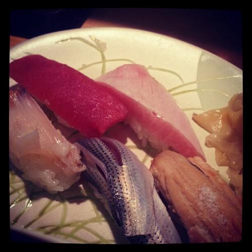 待望の寿司。