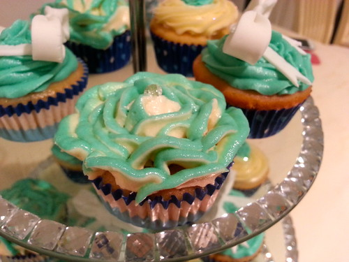 Tiffanys & Co Birthday Cupcakes Two Tone Blue Rose