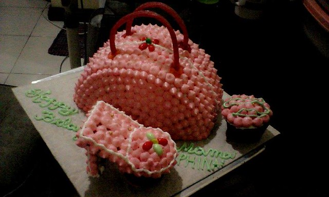 Cake by Aden Gee Geraldine of G-licious Homemade Cakes and Pastries