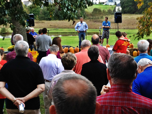 Addressing the crowd at the fundraiser for Commissioner Steve Troxler in Brown Summit, North Carolina.
