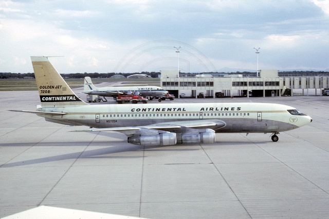 Continental Airlines Boeing 720