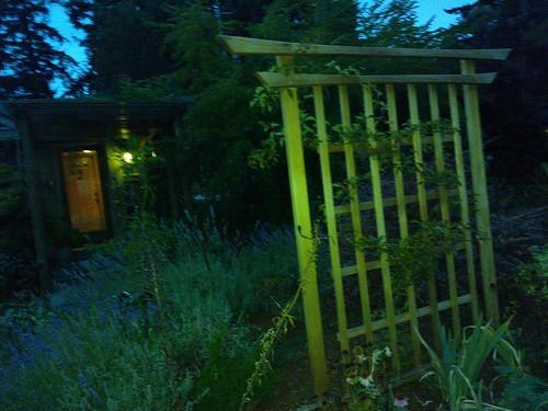 Japanese Shinto style fence, Seattle, Washington, USA by Wonderlane