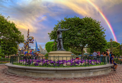 sunset sky statue hub rainbow disneyland tomorrowland hdr partners waltdisney thedisneylandresort