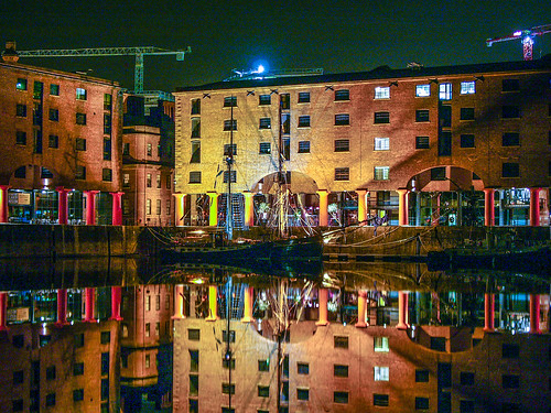 Liverpool's Albert Dock at night (with Zebu)