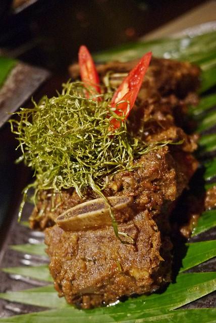 rendang - makan kitchen doubletree by hilton