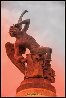 Image of El Ángel Caído. madrid españa spain diablo infierno satanás angelcaído