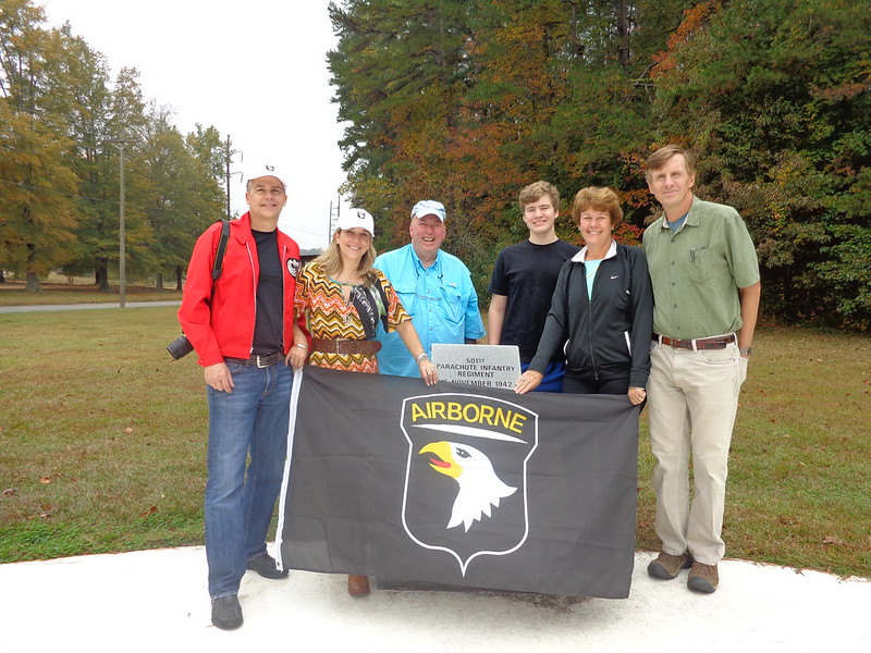 tc visits with family of 101st vet sgt mike finn 501st pir trigger
