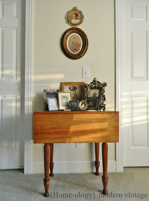 antique vignette of family photos via homeologymodernvintage.com