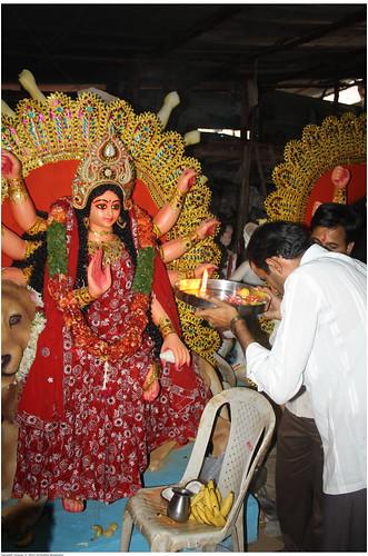 Possesion ritual --> Idol turning into Goddess