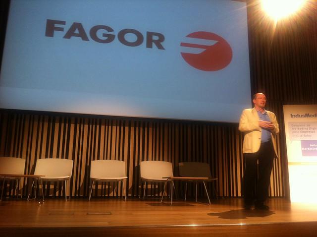Enrique Ancin, hablando de Fagor-Arrasate en Indusmedia