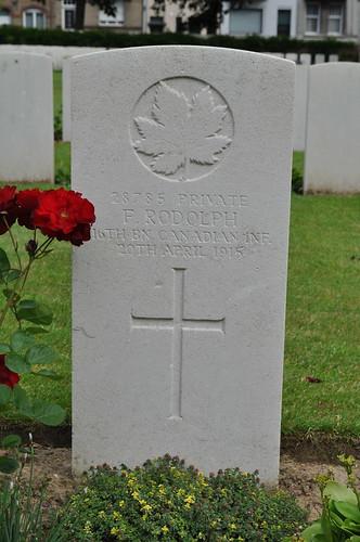2012.06.30.031 - IEPER - Militaire Begraafplaats 'Ypres Reservoir Cemetery'