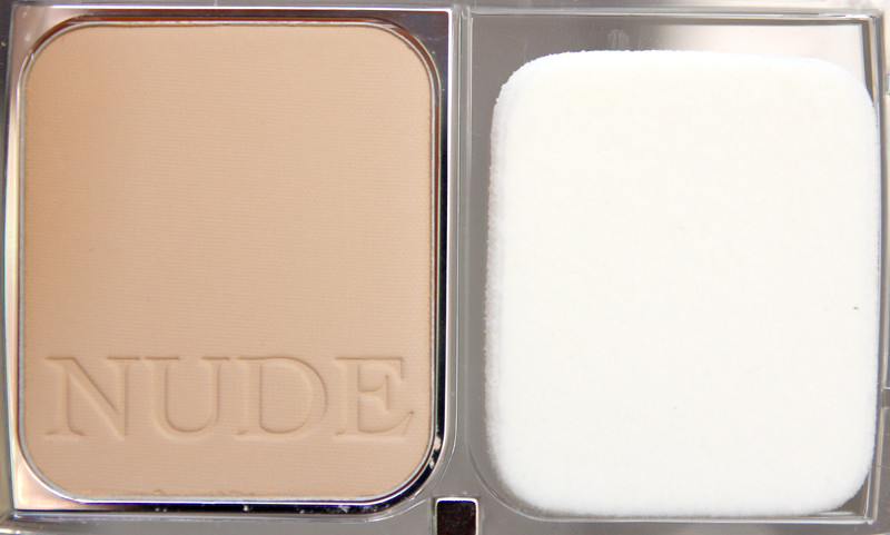 Dior Diorskin nude skin-glowing makeup SPF15(2)