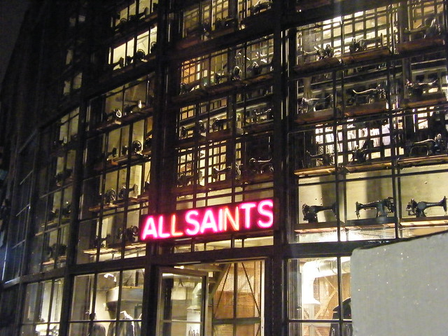 Cheap clothing stores Saints row 2 clothing stores