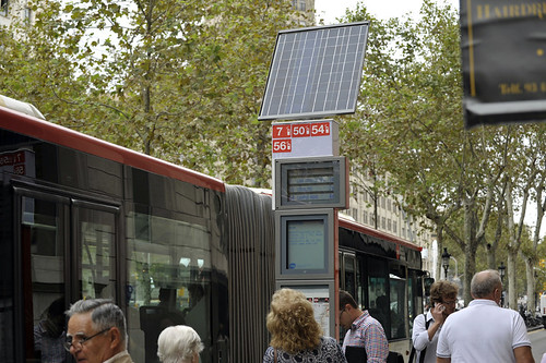 solar-powered, real-time transit information in Barcelona (courtesy of TMB)