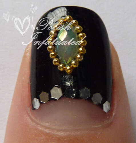 green jewelled nails3