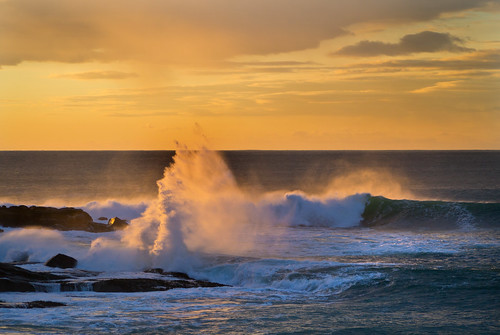 Breaking wave at Horgabost January 2013 by dunard54