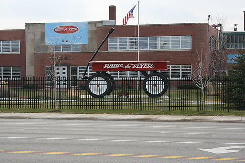World's Largest Radio Flyer Wagon in Elmwood Park, Illinois