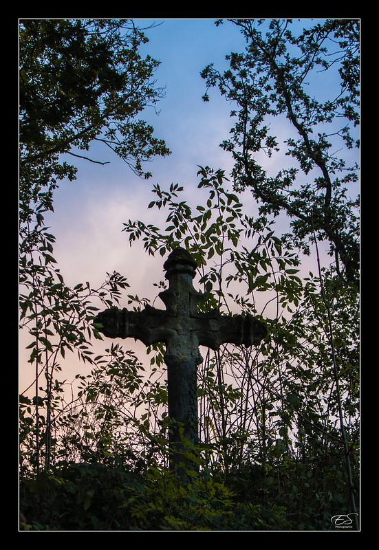FIL ROUGE : Les croix 8154546160_9d36f1041f_c
