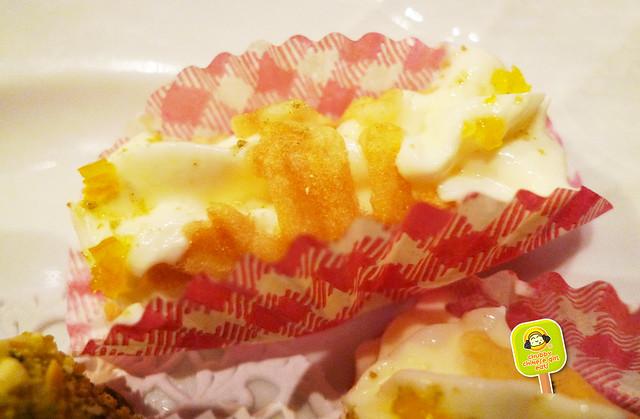 torrisi italian specialty - cannoli