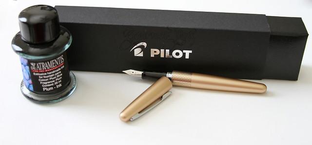 Pilot Metropolitan & De Atramentis Plum