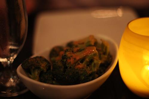Broccoli/smoked tomato béchamel sauce