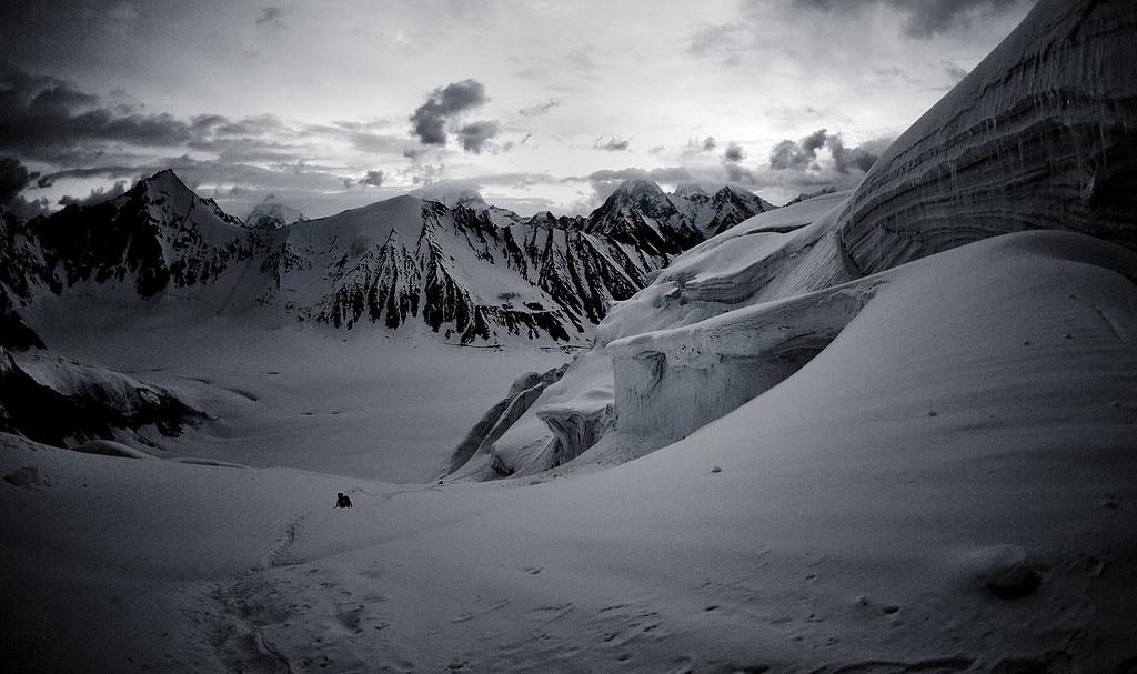 On the way to Gondogoro La (5640 m),  Karakorum
