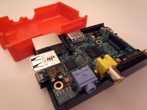 RaspberryPi + modmypi case