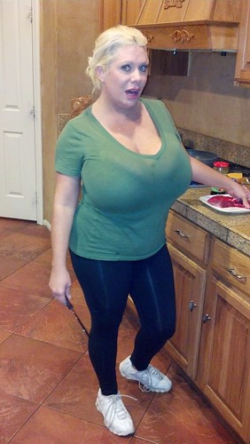 Mature bbw blonde Claudia Marie exposing her enormously big tits  447792