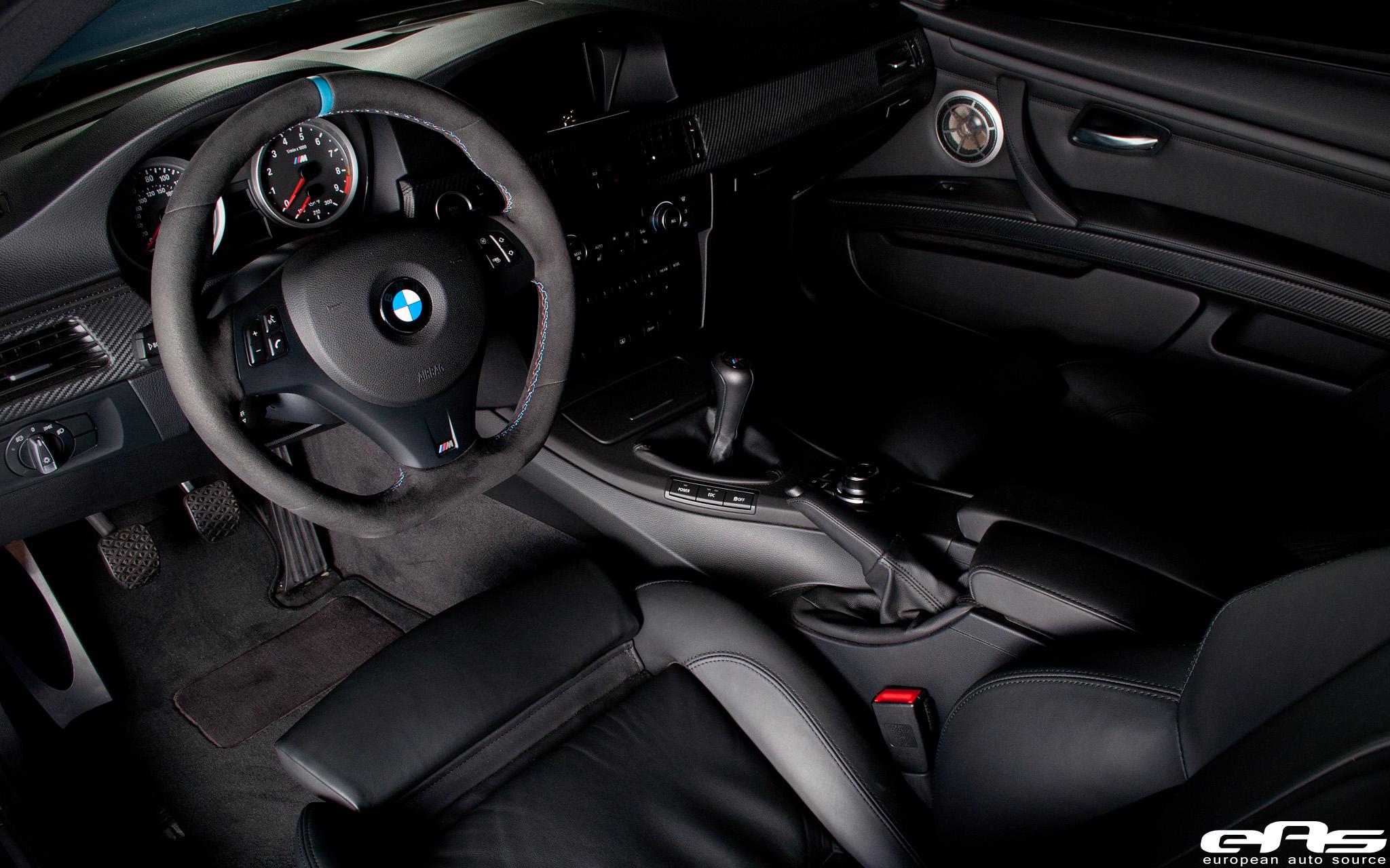 Wtb bmw 6mt performance steering wheel w blue stripe for Interieur cuir bmw e90