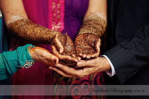 Indian-wedding-photographer-Henna-night-V&A-Elen-Studio-Photograhy-015