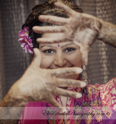 Indian-wedding-photographer-Henna-night-V&A-Elen-Studio-Photograhy-008