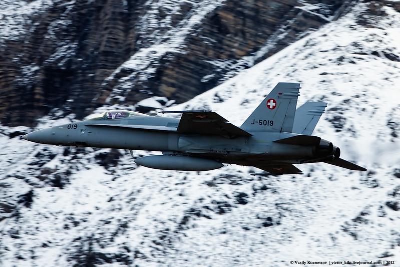 Swiss AF McDonnell-Douglas F/A-18C J-5019