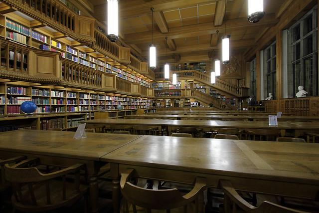Boekvoorstelling 'De Leuvense Universiteitsbibliotheek' in het Paard Van Troje
