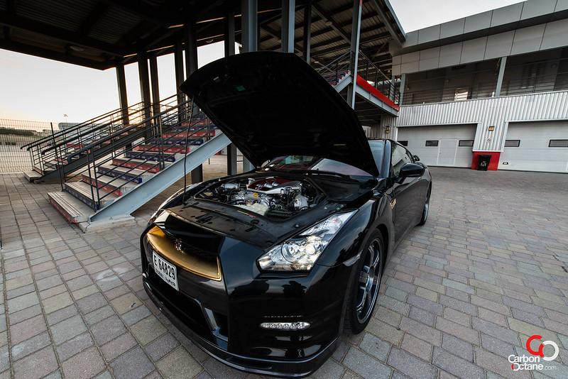 2012_Nissan_GTR_VVIP_HOOD_OPEN_BONNET.jpg