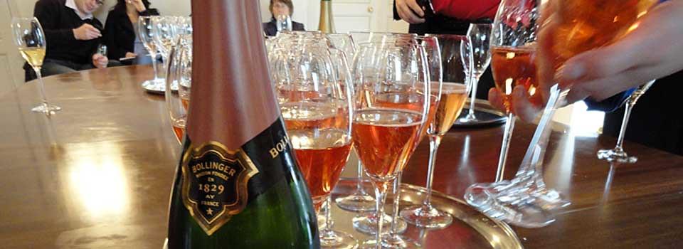 Följ med till Champagne!