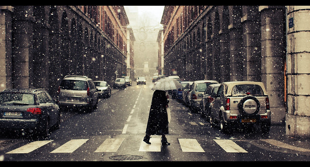 The first snowflakes - Cinematic Street Photography