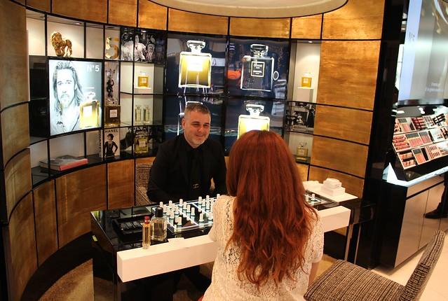 Espace parfum bar olfattivo chanel la rinascente milano duomo les exclusifs n. 5 allure sensuelle profumo fragranza
