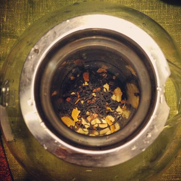 Божественный чай. Пахнет оооочень по-новогоднему.  Называется шведская смесь.