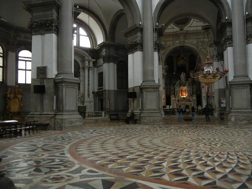 DSCN2789 _ Basilica di Santa Maria della Salute, Venezia, 15 October
