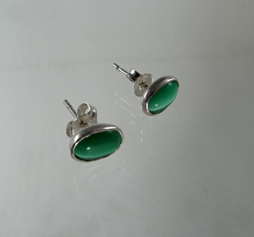 Small Green Catseye studs