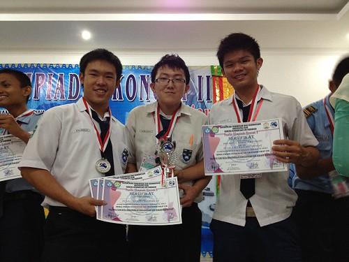 Olimpiade Ekonomi II di FKIP Universitas Riau - SMA Santa Maria Pekanbaru