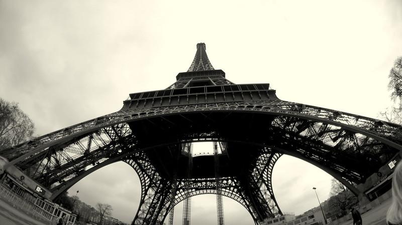 PARIS 147