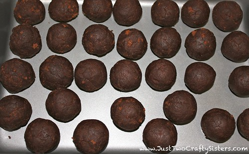 Making chocolate cake pops