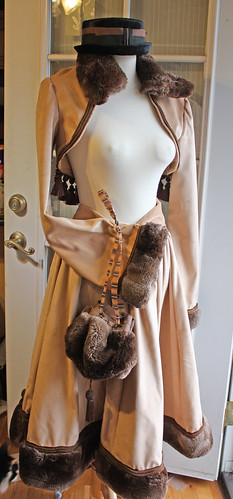 Tan velvet brown fur 8