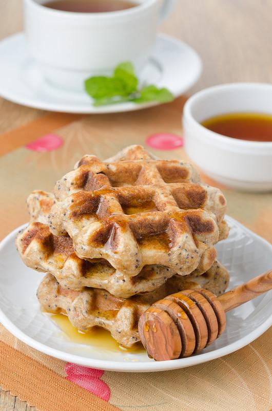 Вафли, манник, овсяное печенье и два рецепта с нутом waffles with lemon and poppy seeds